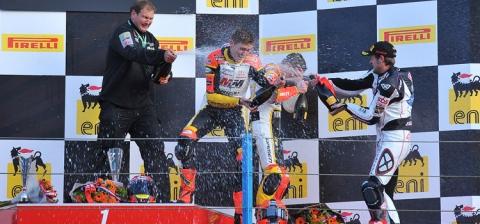 Duwelz, Nestorovic y Chesaux, podio STK 600 en Assen